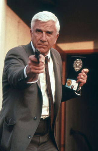 leslie-nielsen-in-the-naked-gun12