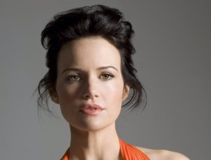 carla-gugino-featured-image