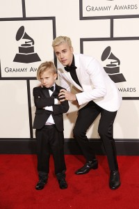 Justin Bieber and Jaxon Bieber on the Red Carpet at The 58TH ANNUAL GRAMMY AWARDS on Monday, Feb. 15, 2016 (8:00-11:30 PM, live ET) at STAPLES Center in Los Angeles and broadcast on the CBS Television Network. Photo: Trae Patton/CBS ©2016 CBS Broadcasting, Inc. All Rights Reserved
