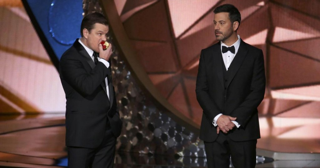 Actor Matt Damon (L) jokes around with show host Jimmy Kimmel at the 68th Primetime Emmy Awards in Los Angeles, California, U.S., September 18, 2016. REUTERS/Mike Blake