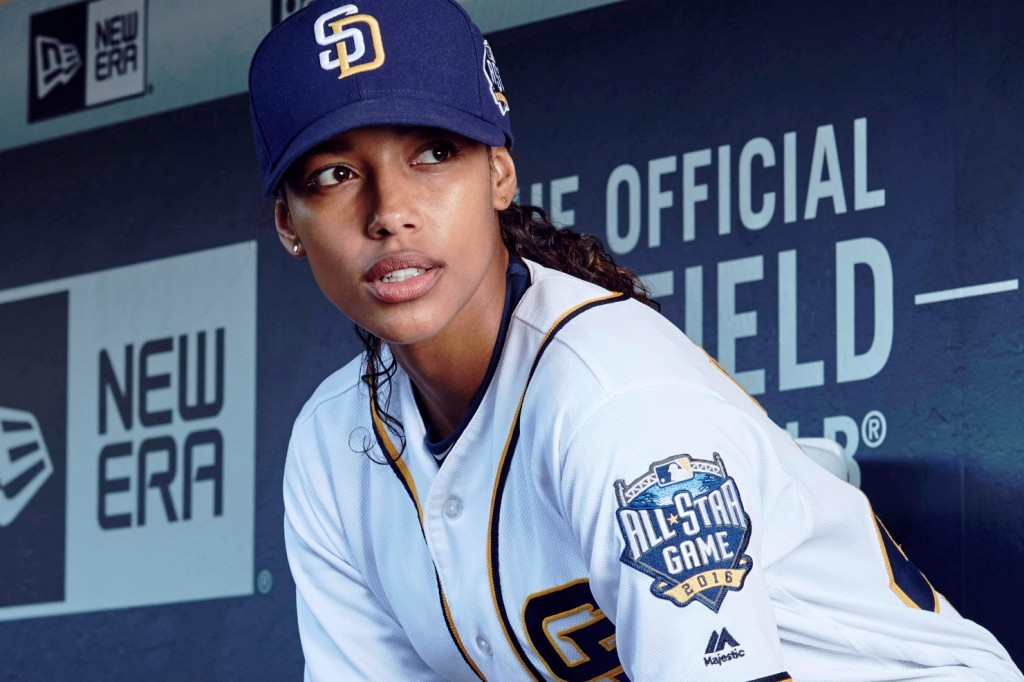"""PITCH: Kylie Bunbury in the all-new """"Pilot"""" series premiere episode of PITCH airing Thursday, Sept. 22 (8:59-10:00 PM ET/PT) on FOX. CR: Tommy Garcia / FOX. © 2016 FOX Broadcasting Co."""