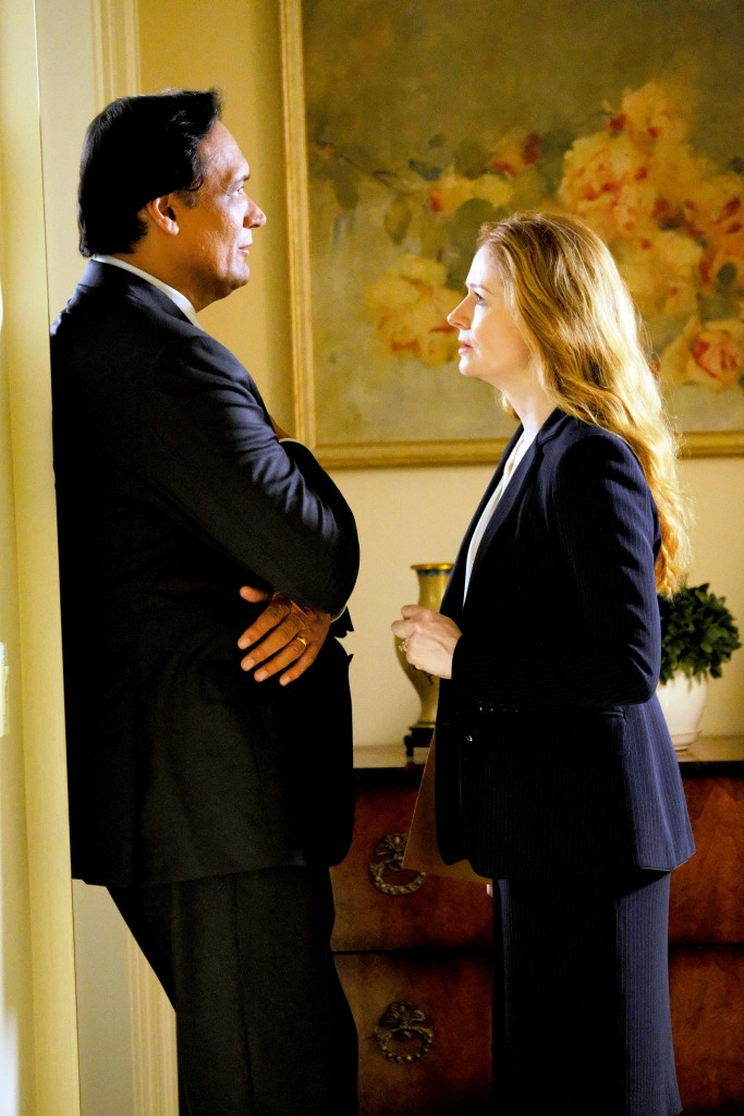 "24: LEGACY: L-R: Jimmy Smits and Miranda Otto in the ""2:00 PM-3:00 PM"" episode of 24: LEGACY airing Saturday, Feb. 18 (8:00-9:00 PM ET/PT) on FOX. ©2017 Fox Broadcasting Co. Cr: Guy D'Alema/FOX"