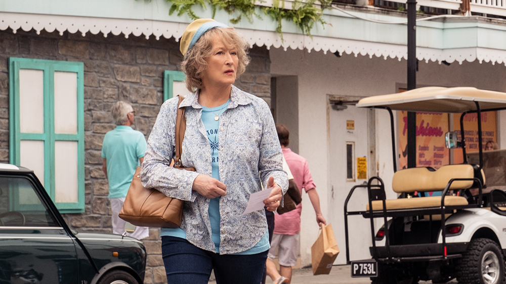 Meryl Streep and others get taken to the cleaners in The Laundromat